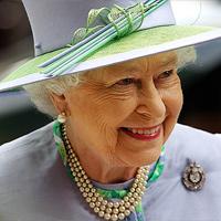 Елизавета II передаст престол Уилльяму и Кэтрин
