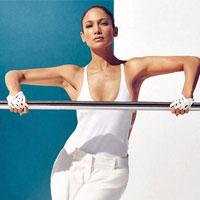 45-летняя Дженнифер Лопес показала результаты фитнесса (8 фото)