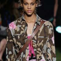 Камуфляж в моде: трендовые вещи нового сезона (15 фото)