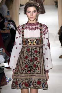 Гуцульская вышивка в новой коллекции Valentino весна-лето 2015 (20 фото)