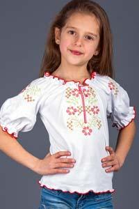 Детская этно-мода: дышащие летние вышиванки (20 фото)
