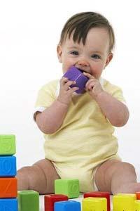 Безопасные игрушки ребенку в 1 годик