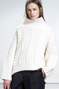Вязаный свитер: актуальность этой осенью