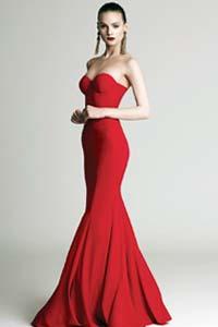 Модные вечерние платья для настоящей леди