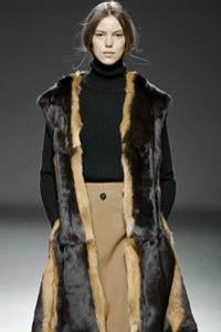 Новый тренд сезона осень-зима 2015/16: меховой жилет (16 фото)