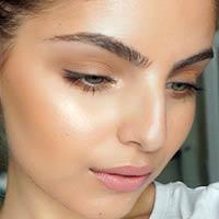 Стробінг: новий гарячий тренд осені в макіяжі (фото)