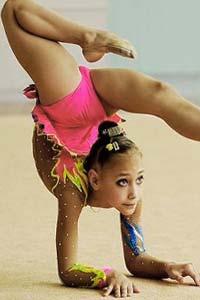 Вырабатываем в девочке грацию, гибкость, шарм с раннего детства