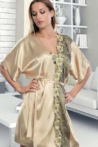Модный халат: чувство домашнего уюта