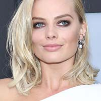 Блонд кольору платина - наймодніший колір волосся осені (фото)