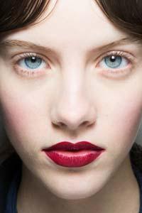 Модный мейк-ап: основные тенденции зимы 2017