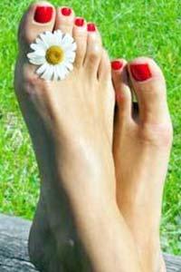 Как лечить грибок на ногах между пальцами