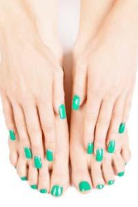 Чому жінки схильні до вальгусної деформації великого пальця