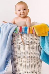 Стираем правильно вещи новорожденного
