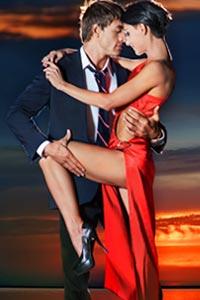 Романтический вечер: возродить былую страсть