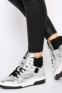 Модные кроссовки для зимней тусовки