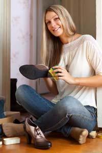 Уход за кожаной обувью осенью - основные этапы и средства