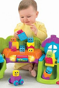 Что дарить малышам: от года до 3 лет