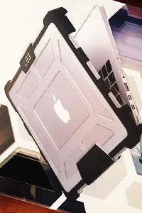 Аксессуары для гаджетов Apple: как защитить свой MacBook
