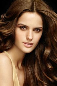 Секрет привлекательности женщины в здоровье ее волос