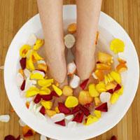 Народные рецепты по избавлению ног от усталости