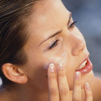 9 ефективних масок для шкіри навколо очей