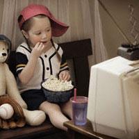 Телевизор ломает детские жизни: как помочь ребенку