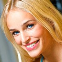 Схема чистки зубов: жесткие сырые овощи способны очистить зубы от бактериального налета