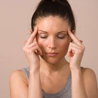 Как снять головную боль народными средствами