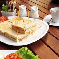 Диетологи назвали самый полезный бутерброд