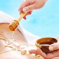 Сладкая процедура: медовый массаж от целлюлита