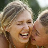 Смехотерапия и здоровье: смейтесь, чтобы выглядеть моложе!