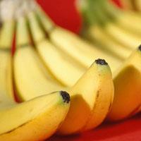 Заморское лакомство: полезные свойства бананов