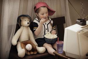 Чим загрожує дитині телевізор?