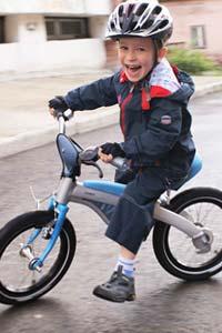 Польза беговела для развития ребенка