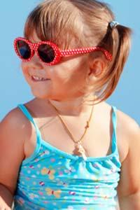 Як вибирати сонцезахисні окуляри для дитини - TerraWoman.UA d2f97e08e494d