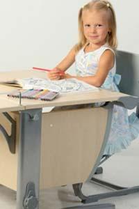 Парту с какими параметрами лучше всего выбрать для ребенка?